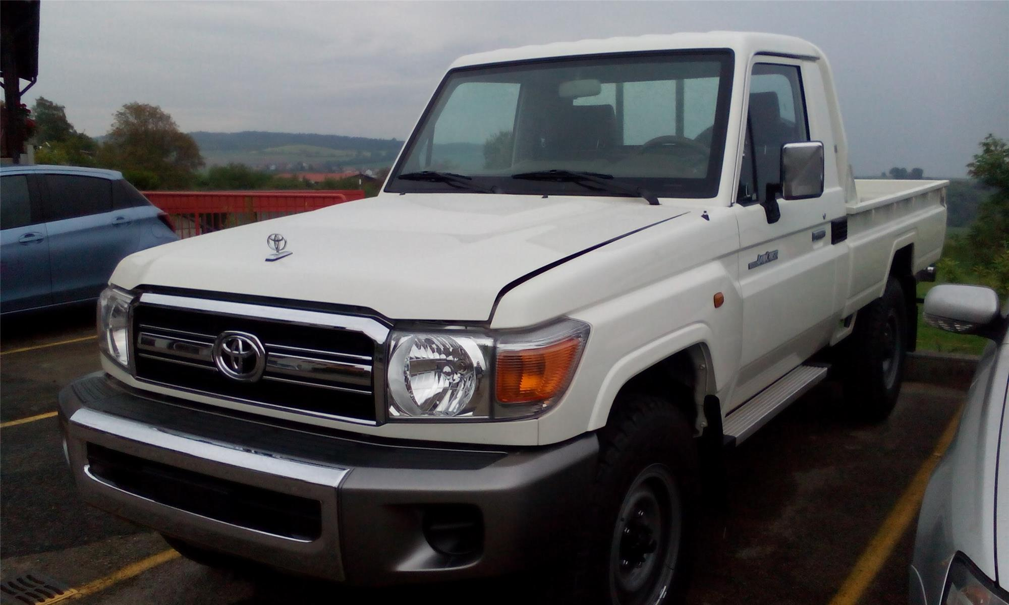 Toyota Land Cruiser GRJ79 pick-up single cab - facelift