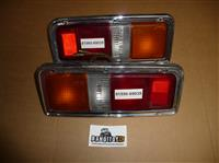 Right rear tail light